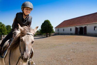 Конный спорт в Болгарии | Фото: shutterstock.com