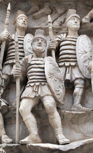 Статуи римский войнов. Фото: shutterstock.com.