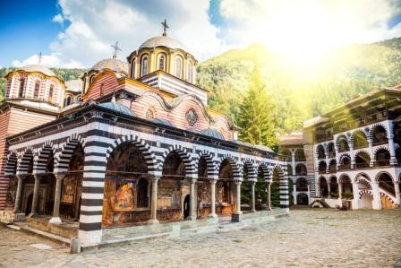 Рильский монастырь, Болгария. Фото: shutterstock.com