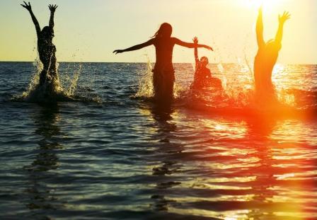 Отдых на Солнечном береге. Фото: shutterstock.com