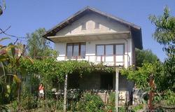 House in Polski Izvor Village